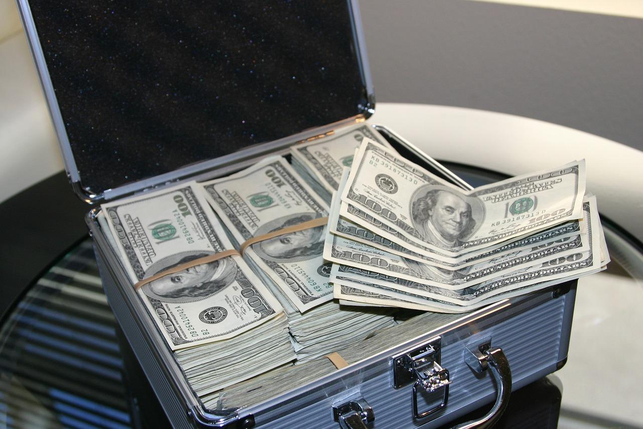 Poker minimal deposit 10.000